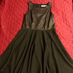 Dresses & Skirts - Adorable little black faux leather topped dress